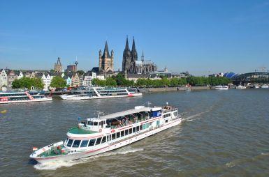 All-Inclusive Partyschifffahrt in Köln